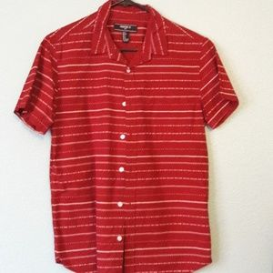 Forever 21 Men Red print button down Size S